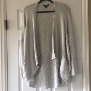 Simply Vera Vera Wang Light weight Sweater